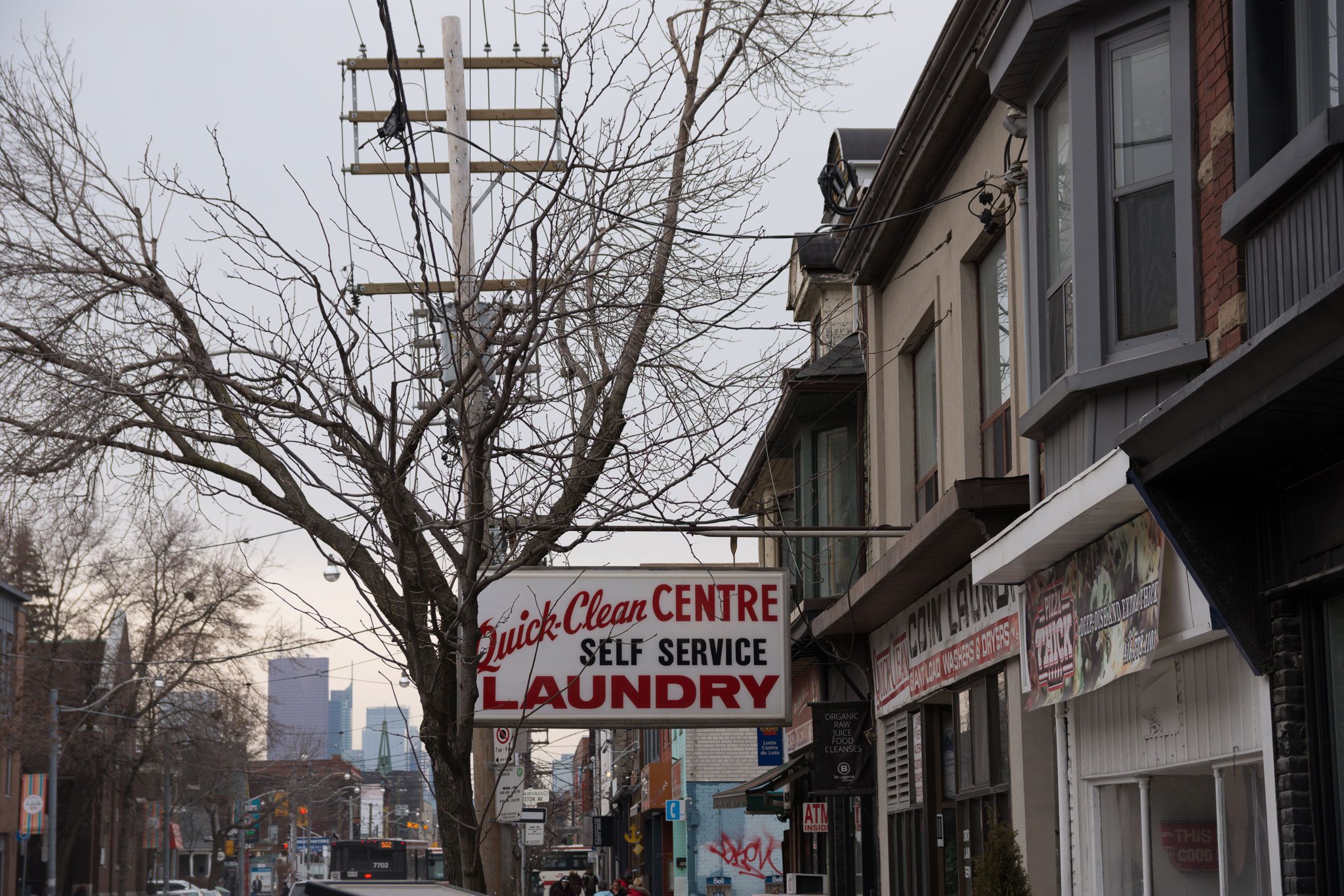 toronto wash and fold on queen street