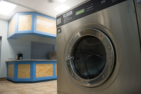 leslieville laundromat